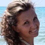 Profilbild von Andrea Michaela Pellegrini | AFAS Yoga-Instructor | SOL Hypnose®-Instructor | Dipl. Mentalcoach & -trainer | Sprecherin bei Radio SOL