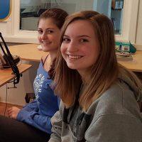 2016-10-27 Schülerinnen, Hannah Dabrowski & Kristina Schachl – 5.Maturaball